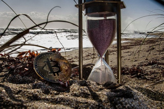Countdown To Bitcoin's End – Crypto-Breaking Quantum Computers Are Closer Than You Think